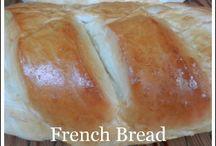 Recipes   Breads&Pizzas / by Rafaela Loncan