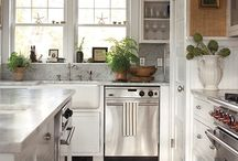 Kitchens   Inspiration. / by Miki Williams
