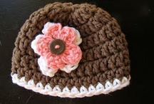 Knitting/Crocheting / by Jessica Okins