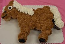 Cakes:Cupcakes and Mini Cakes / by Patti Castilla