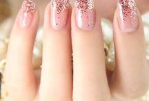 Nails / by Vanessa Palacios