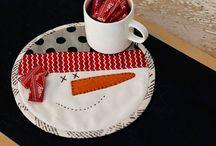 mug rugs / by pat quinsey
