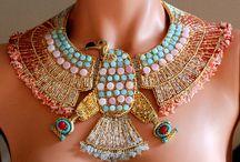 beadwork, beads, necklace, bracelet, jewelry / by newtonberry