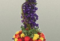 Flower Arrangements / by Marcia Macomber