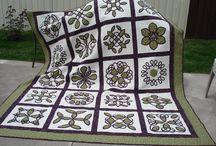 favorite quilts / by Kim Mitterling