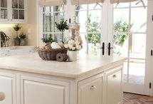 Kitchen / by Lindsay Boseman