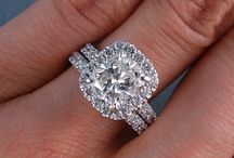 Dream Wedding/Engagement / by Tevenia Rodgers