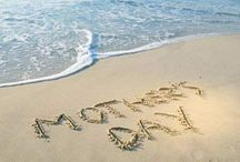 Mother's Day at the Beach / Our favorite images and ideas for a Coastal Mother's Day - Sirenia Style! http://www.annamariaislandhomerental.com https://www.facebook.com/AnnaMariaIslandBeachLife Twitter: https://twitter.com/AMIHomeRental / by Anna Maria Island Beach Life