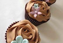 Cupcakes / by Marieta Bel