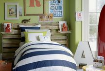 Teen Boy Rooms / by Leigh Roper