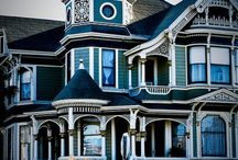 pretty houses / by Kristen Todd