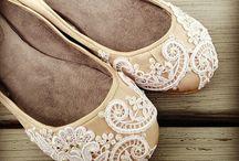 Wedding Shoes / by Stephanie Galing
