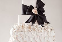 Mom You Have to See These Cakes! / by Cassandra Ericksen