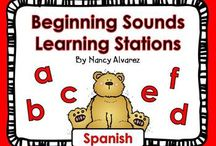 Spanish reading/ phonics  / by Mich Lori