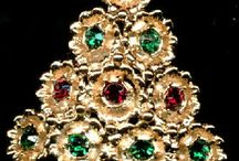 Christmas Pins and Jewelry  / by Debbie Dunn