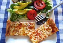 Recipes: Pizza / by Andrea Hable