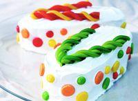 Cakes! / by Krystal Altman