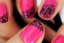 Nail Art / by Carolina