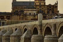 Puentes & ríos / by Julia Barroso Pérez