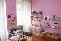 Girlss Rooms / by Brittany Pennick