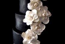Black & White Wedding Theme / by Phoebe Inger