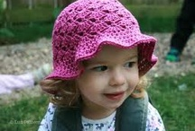 Crochet hats, beanies, earmuffs...  / by Naky