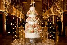 Cakes & Bouquets / by Elisabeth Oliphint