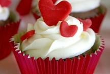 cupcakes / by gloria johnson