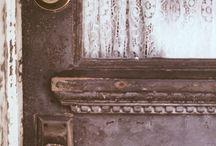 Doors That Delight / by Sandie Sturdivant Steadman