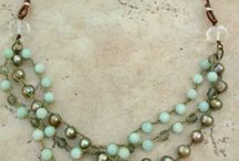 jewels / by Clelia Pirarba