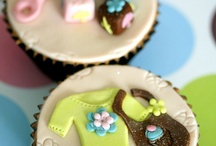 BABY SHOWER CUPCAKES / by Robin Willis