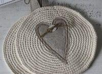 Crochet Tabletop & Kitchen / Photos and possibly patterns for tabletop and kitchen crochet items / by Silvia Vanessa Vasquez Lamb