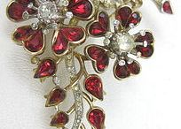 Jewellery...Antique / by Rosa de Vaux