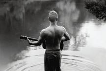 Sting / by Ramona Popescu