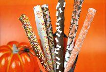 Halloween Pretzel Wands / by Faith
