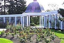 Niagara Botanical Garden / by Meg White