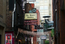 Nashville / All things Nashville - restaurants, honky tonks, places to visit, things to do / by Tony Kris