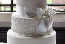 Kirsten's cake / by Shauna C