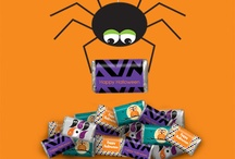 Halloween / Frightfully Spooky and terrifyingly terrific, Halloween is the time to scare up some fun. / by Personalized HERSHEY'S® Chocolate Bars & Wrappers by WH Candy