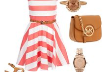 Outfits / by Daniell Dils