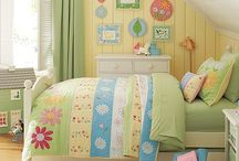 Home - Girls' Room / by Alicia Wiechert