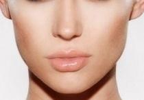 """""""Make up"""" / by Verbena Flores"""