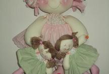 bonecas de pano / by FILOMENA BISPO
