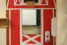 Open House Classroom Decor / by Summer Shipman-Johnston