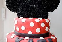 Cute Party Cakes / by Rebecca Jackman
