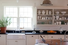 Kitchens / by Melissa Duncan