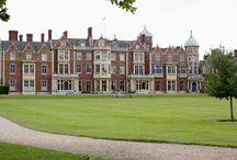 Royal Residences / by Beth Hensley