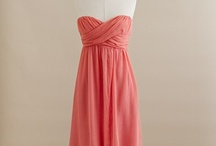 Dresses / by Flo .