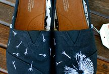 CUTE toms / by Lydia Hedman