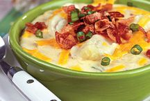 Recipes-Soups/Salads / by Theresa Pearson-Ontiveros